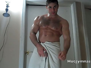 Handsome Hung Muscle Cums & Talks About Fucking!