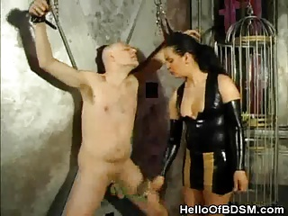 Dominatrix Gives Pleasure And Pain