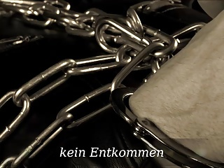 Chain Bondage & Leather Fetish Lady Cheyenne De Muriel