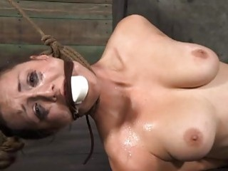 Clamped Up Hottie Is Receiving Facial Castigation