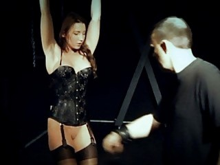 Juliette Has Throbbing Orgasm In Bondage