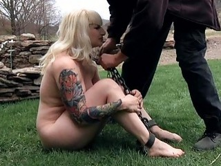 Exposed And Gagged Babe Acquires Cunt Gratifying